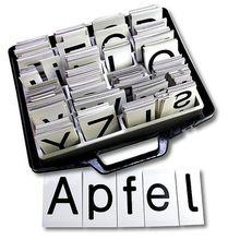 Magnetischer Buchstabensatz
