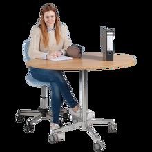 Mobiler und höhenverstellbarer Steh- und Sitztisch