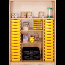 Offenes Regal mit 28 flachen ErgoTray Boxen & 4 Fächern B/H/T: 139x190x40 cm, ErgoTray Farbe transparent