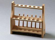 Reagenzglasgestelle aus Holz