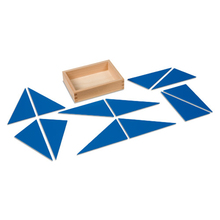 Zwölf blaue Dreiecke
